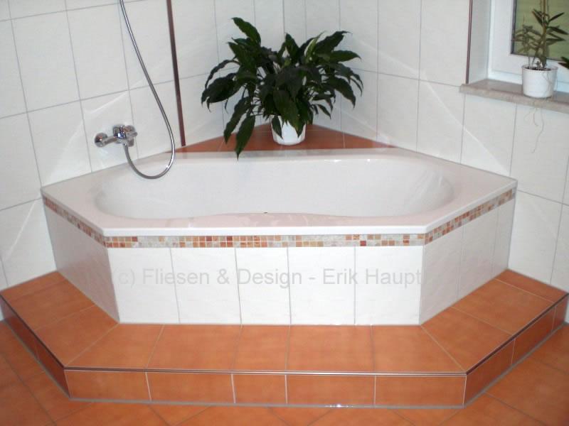 Sechseck badewanne stufe  Private Auftraggeber